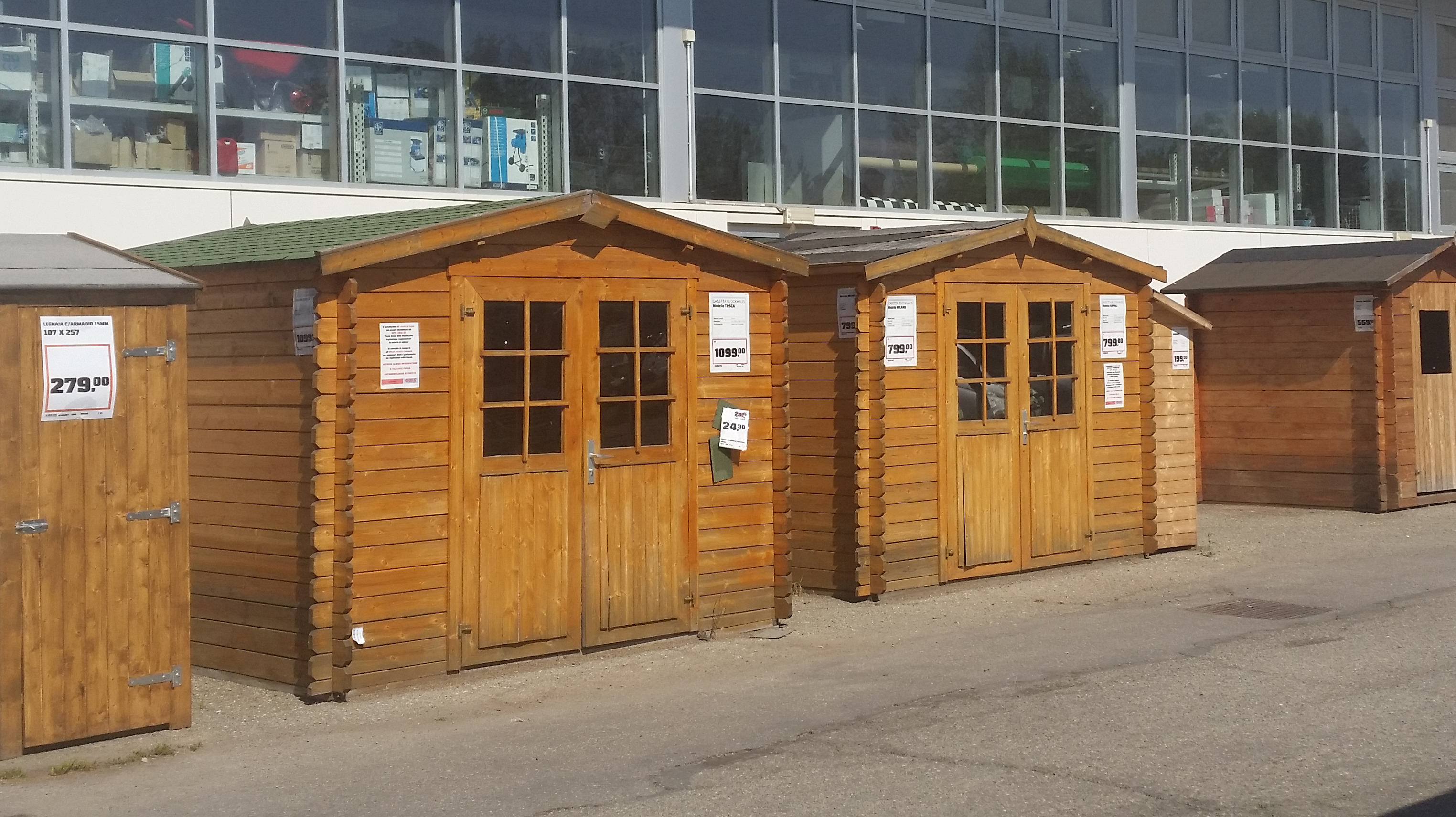 Casette in legno brico center boiserie in ceramica per bagno - Casette legno giardino prezzi ...